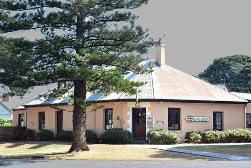 Merrijig Inn. inn, colonial, vic, bb, oldbuilding, portfairy. buy photo