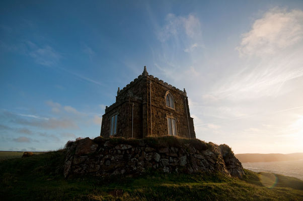 Doyden Castle. sunset, holiday, tourism, cornwall, goldenhour, cornish, doydencastle. buy photo